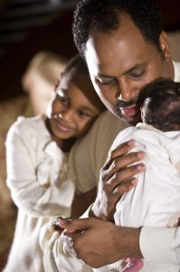 """<img src=""""father with young family.jpg"""" alt=""""african american dad with young family"""">"""
